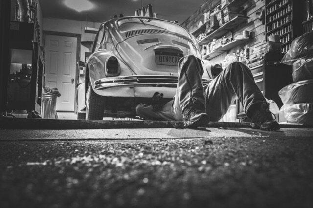 Co zrobić ze zużytymi częściami samochodowymi?